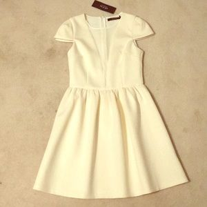 NWT Ark & Co. Ivory Dress Size Small